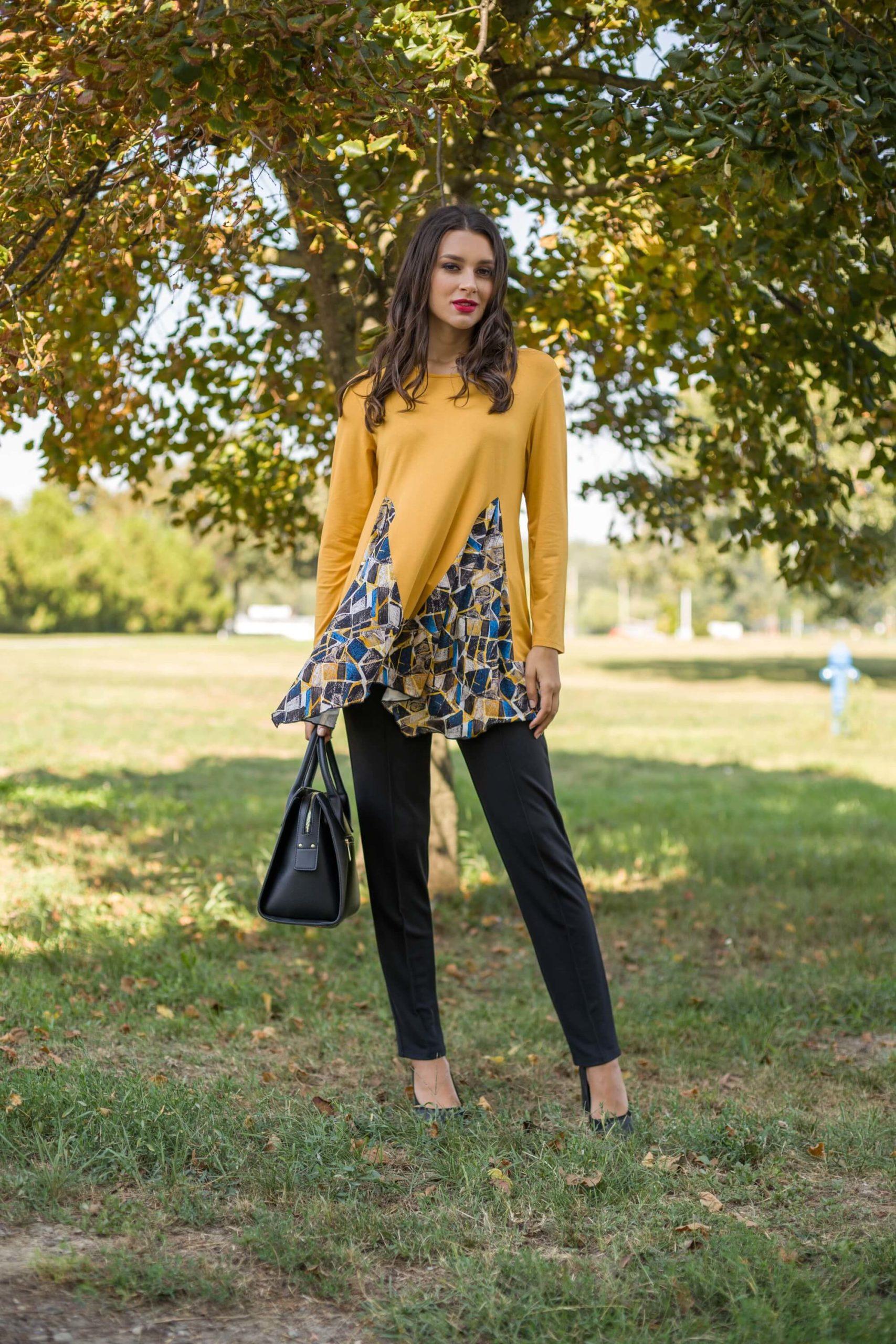 Knitted-elegance-zuta-tunika