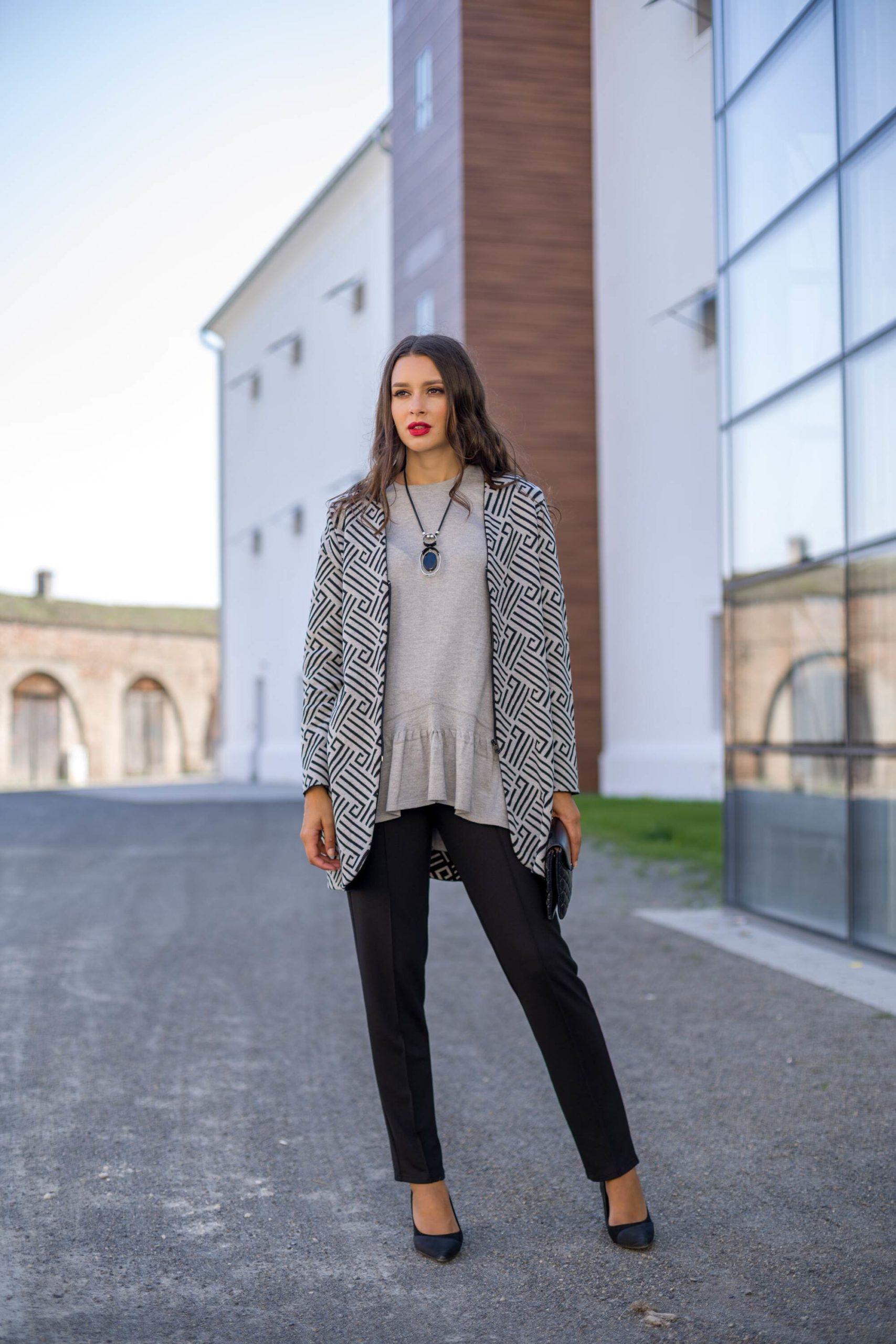 Knitted-elegance-kombinacija-tunika-ogrtac